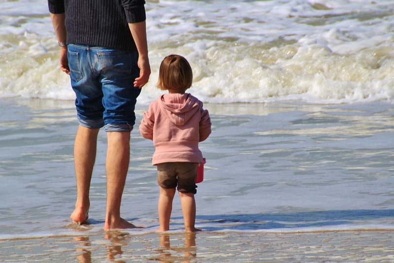A Letter from a Psychologist Dad to His Daughter – You Don't Have to Honor Your Parents.