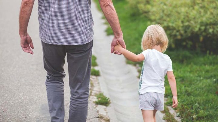 Positive Education: Adopting a Positive Inner Attitude to Pass on to Your Children