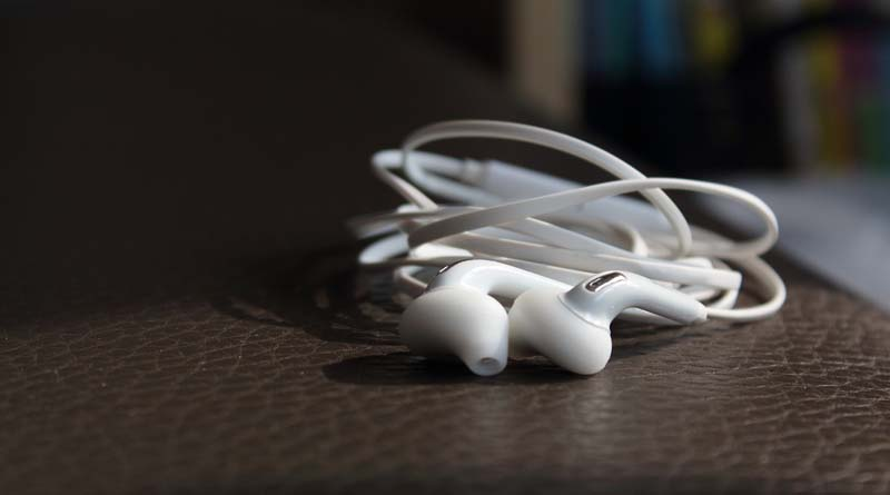 Listen to Music at Work, A Good Idea?