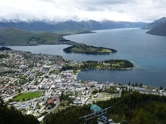 Queenstown, New Zealand, solo travelers